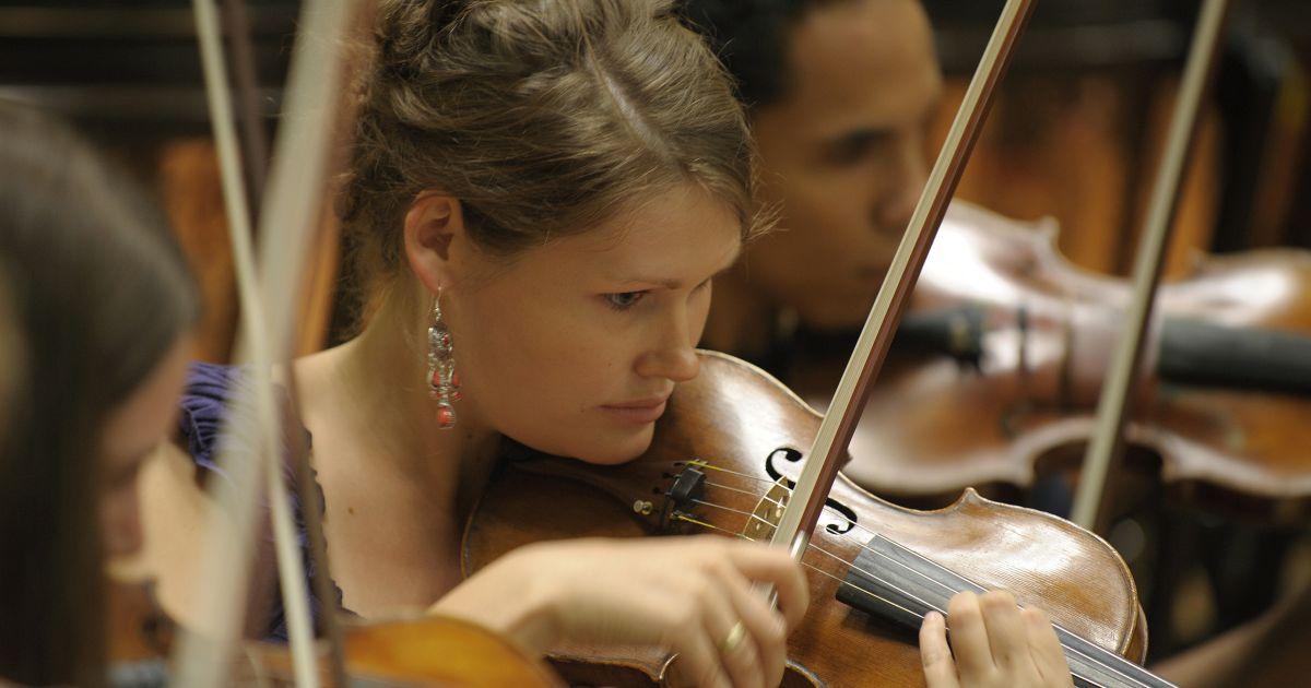 Österreichischer Musikernachwuchs kommt nach Berlin: Wiener Jeunesse Orchester bei Young Euro Classic